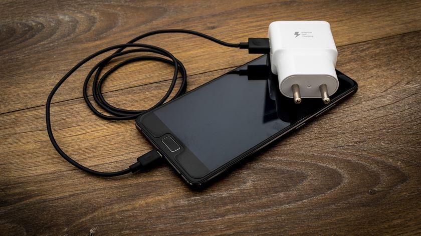Quantos metais preciosos tem a bateria de um telemóvel?