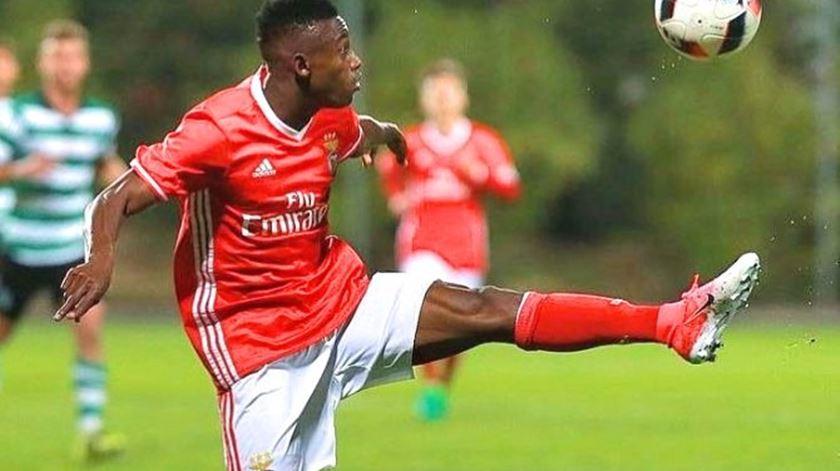 Benfica B regressa aos triunfos
