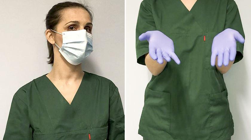 Saiba como se colocam e retiram máscaras ou luvas de forma segura