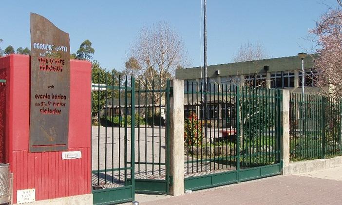 Rapaz de 12 anos morre no recreio da escola