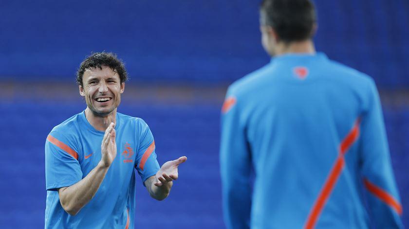 Van Bommel sucede a Cocu no PSV