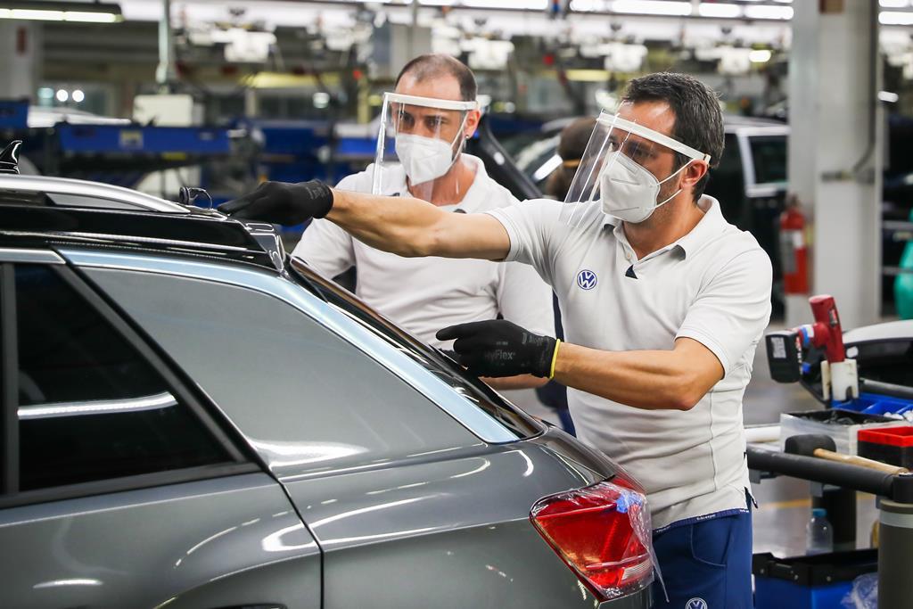 A fábrica da Autoeuropa de Palmela conta, atualmente, com 5.282 colaboradores, dos quais 98% com vínculo permanente. Foto: José Sena Goulão/Lusa