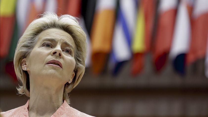 Estado da União. Von der Leyen quer salário mínimo europeu, igualdade e defesa do ambiente