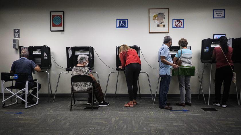 Presidenciais EUA. Arranca voto antecipado na Flórida