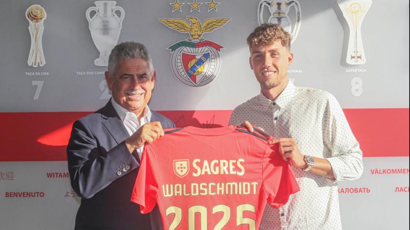 Waldshmidt é o novo camisola 10 do Benfica