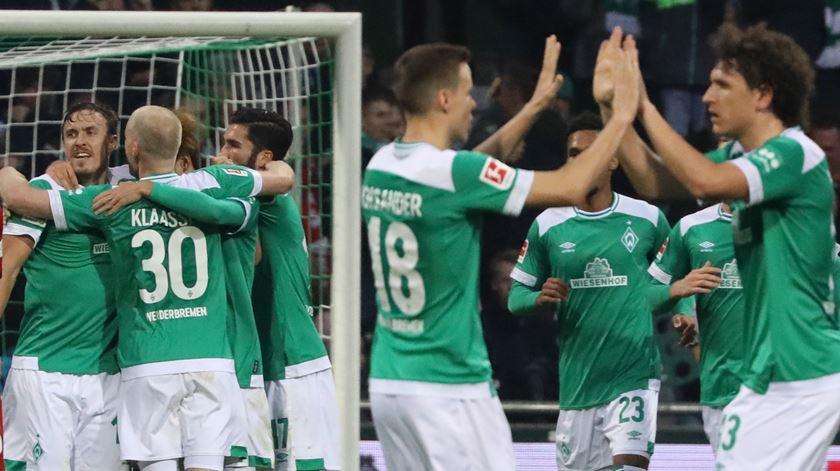 Bremen celebra triunfo diante do Fortuna. Foto: EPA
