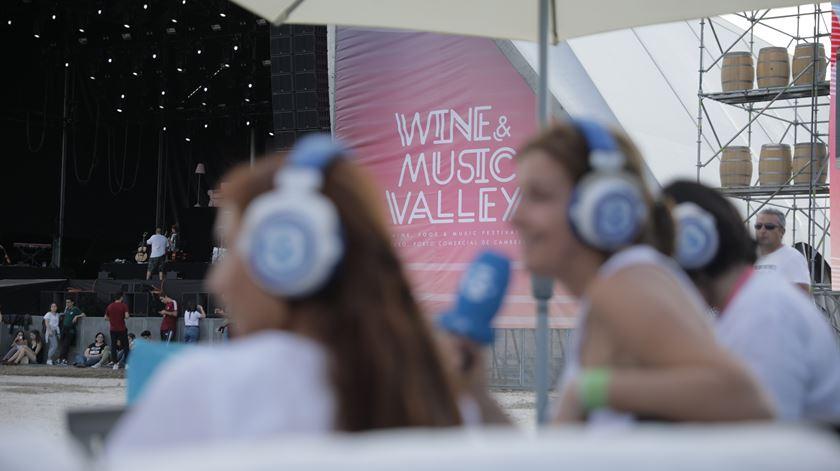 Um banho refrescante e uma ode à Renascença no Wine & Music Valley
