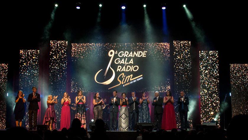 A Rádio Sim no palco do Coliseu de Lisboa