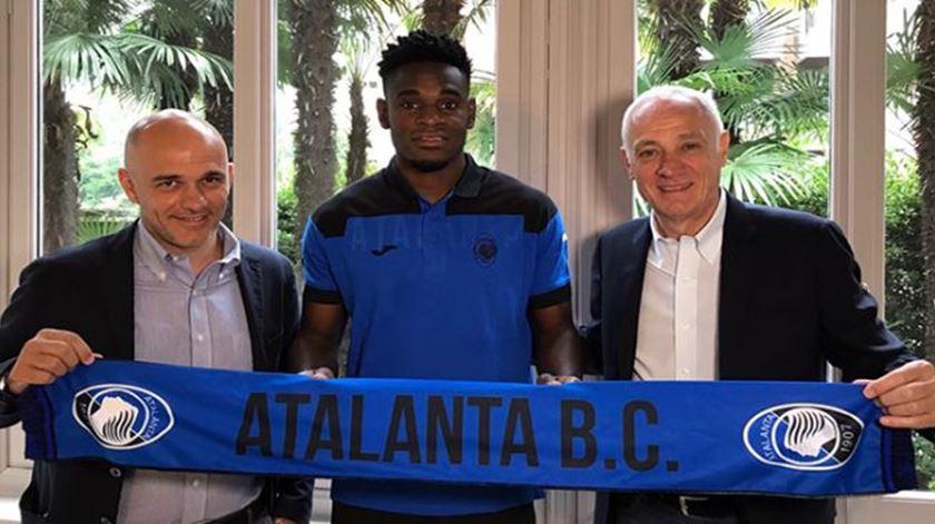 Este é o quarto clube italiano da carreira de Zapata. Foto: Site da Atalanta.