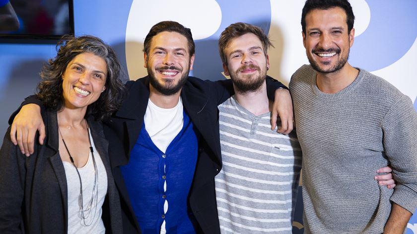 OFF. Zé Manel apresenta o novo disco no Nunca É Tarde