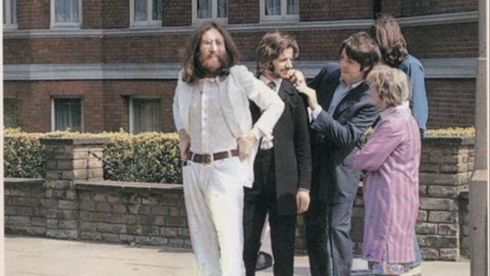 Sessão de fotografia para capa de Abbey Road - Agosto 1969