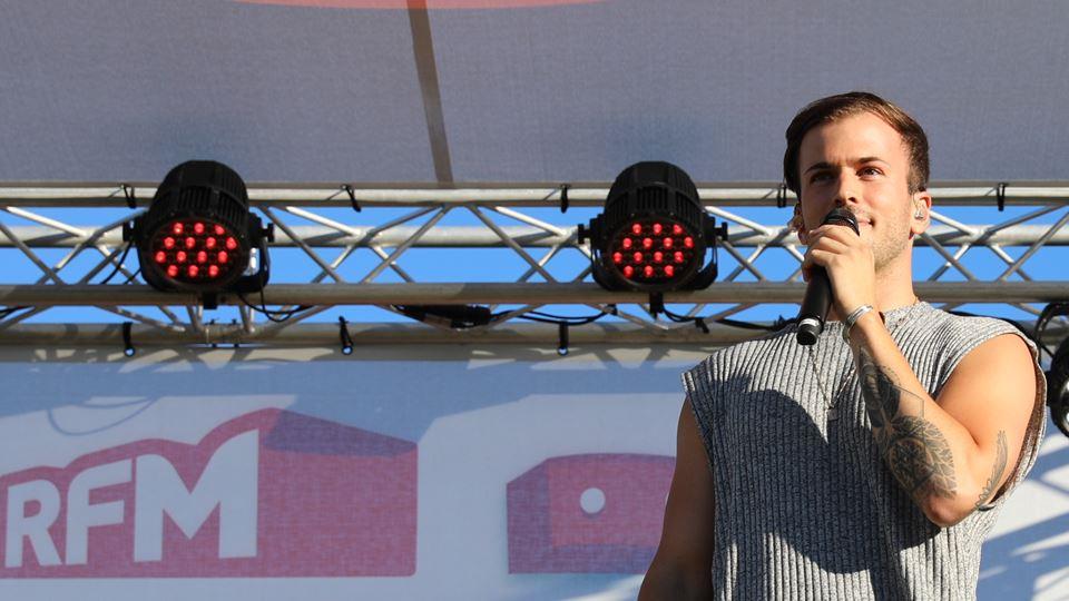 David Carreira RFM Sem Palheta Drive in palco