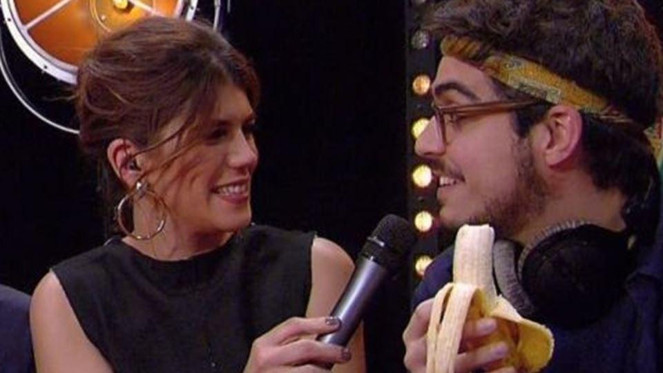 Quando uma banana descasca um ...