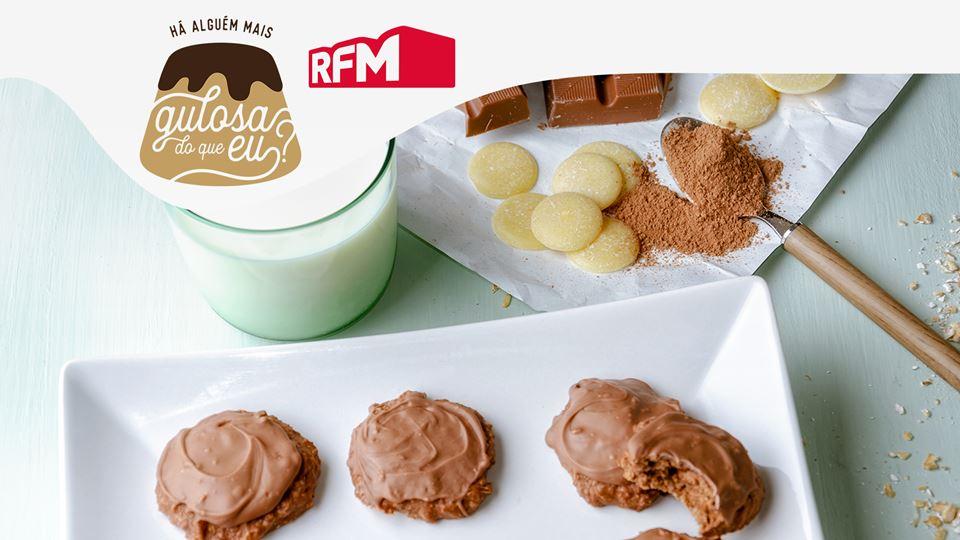 Bolachas-de-Aveia-Cacau-e-Chocolate-de-Leite_imgCake