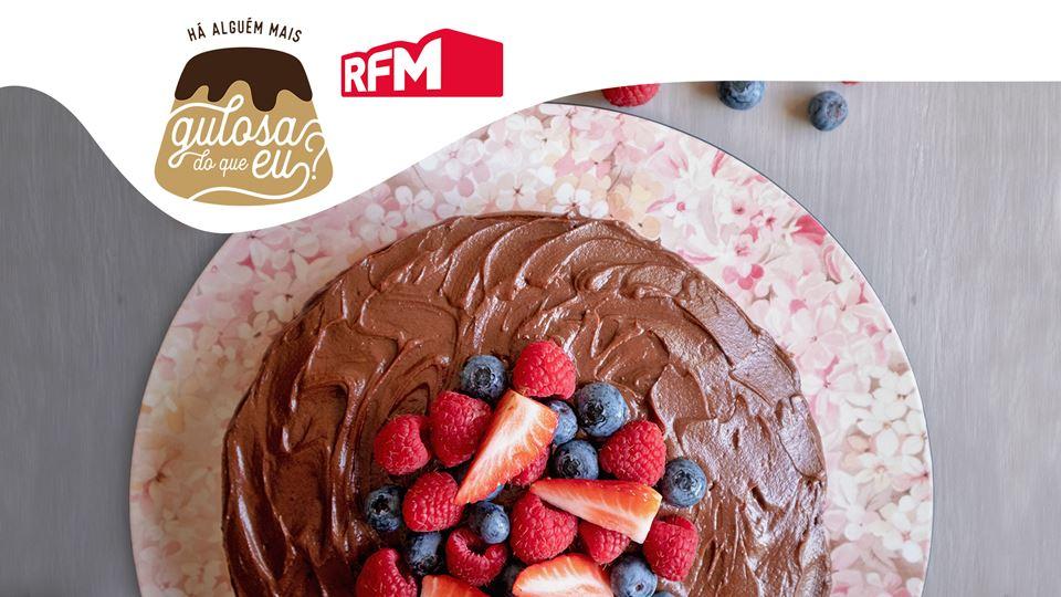 Bolo-de-Leite-Condensado-Chocolate-Frutos-Vermelhos_imgCake