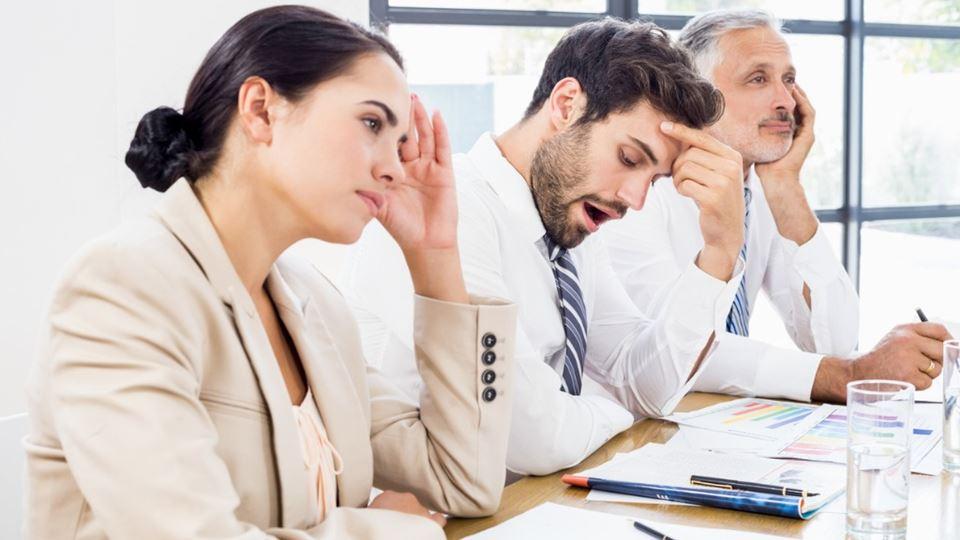 Também sofres com reuniões? Lê...