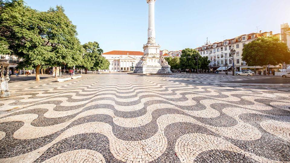 Calçada portuguesa vai homenag...