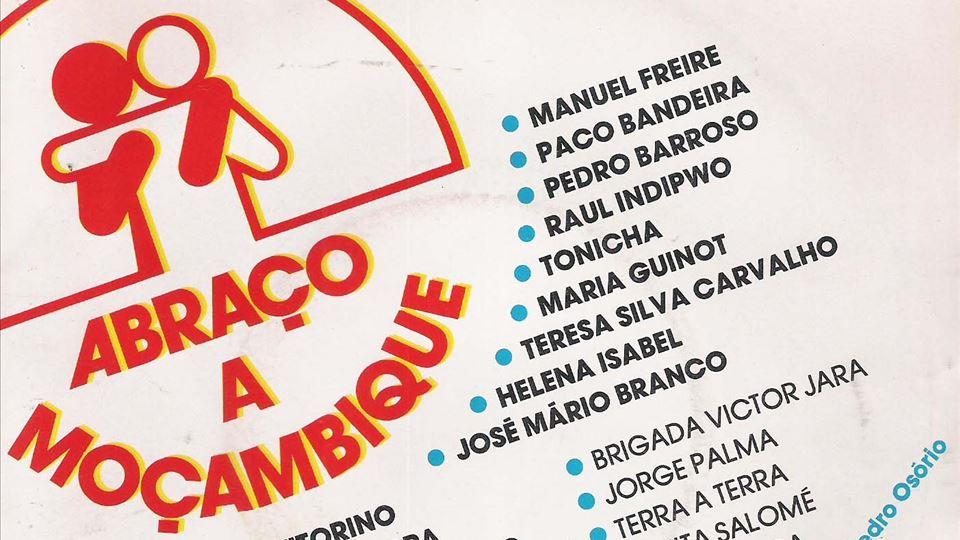 Capa  single Abraço a Moçambique ( foto de guedelhudos blogspot.com)