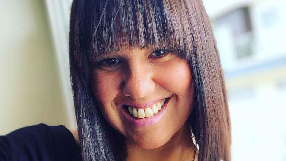 Carolina Camargo de franja