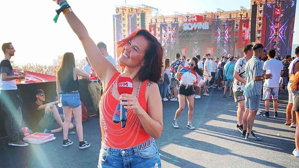 Carolina Camargo no RFM Somnii
