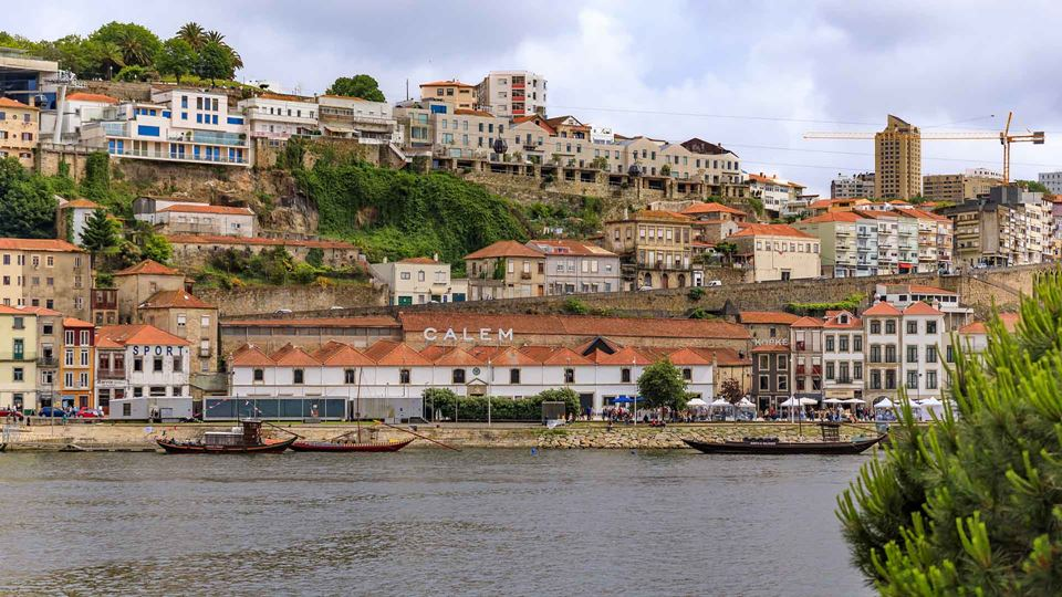 Caves de vinho do Porto em Gaia