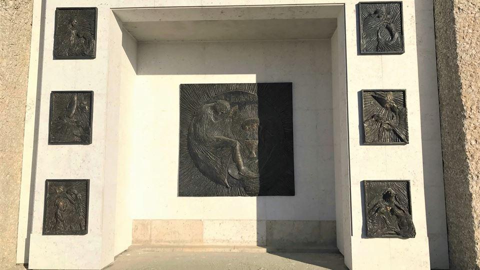 CR 10 mandamentos em bronze