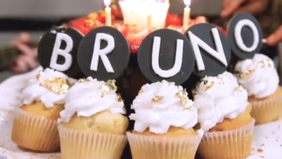 """Bruno Mars fez anos e """"obrigou..."""