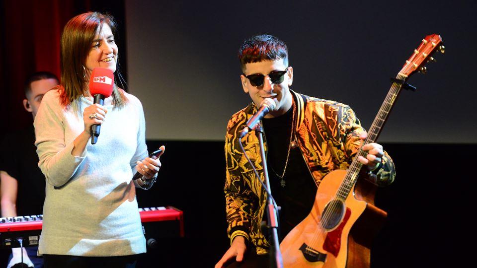Fernando Daniel com Teresa Lage no auditório da RFM