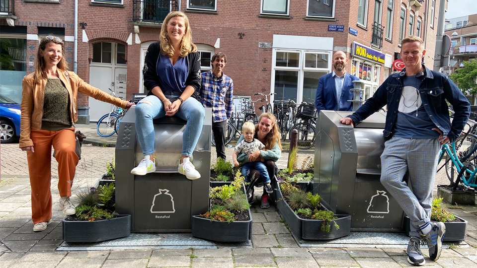 Amesterdão... nascem jardins a...