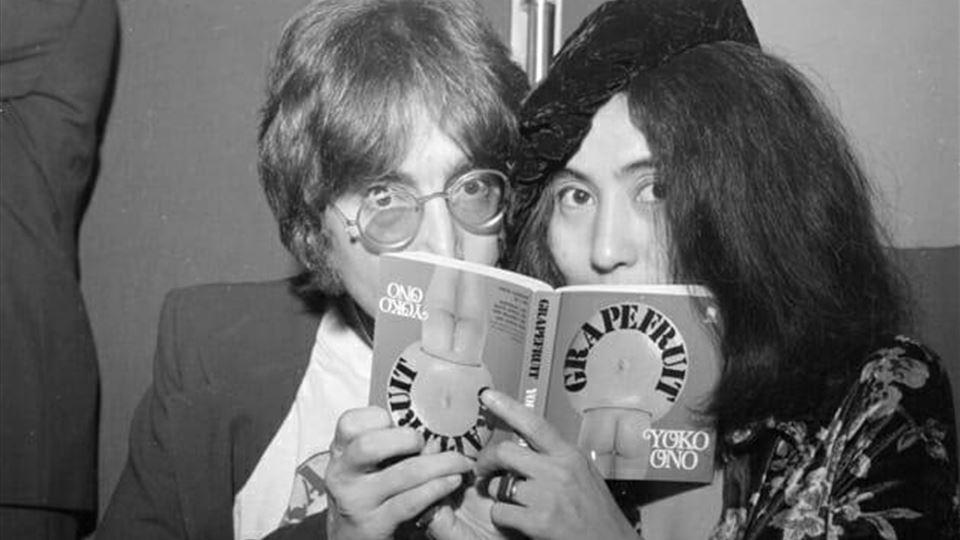 "John Lennon e Yoko Ono - livro ""Grapefruit"""