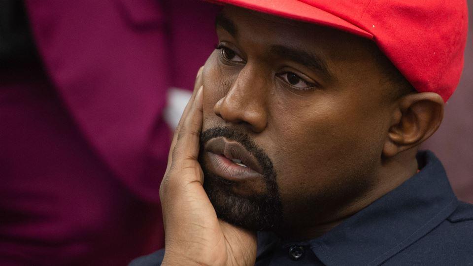 Kanye West sofre quebra de ven...