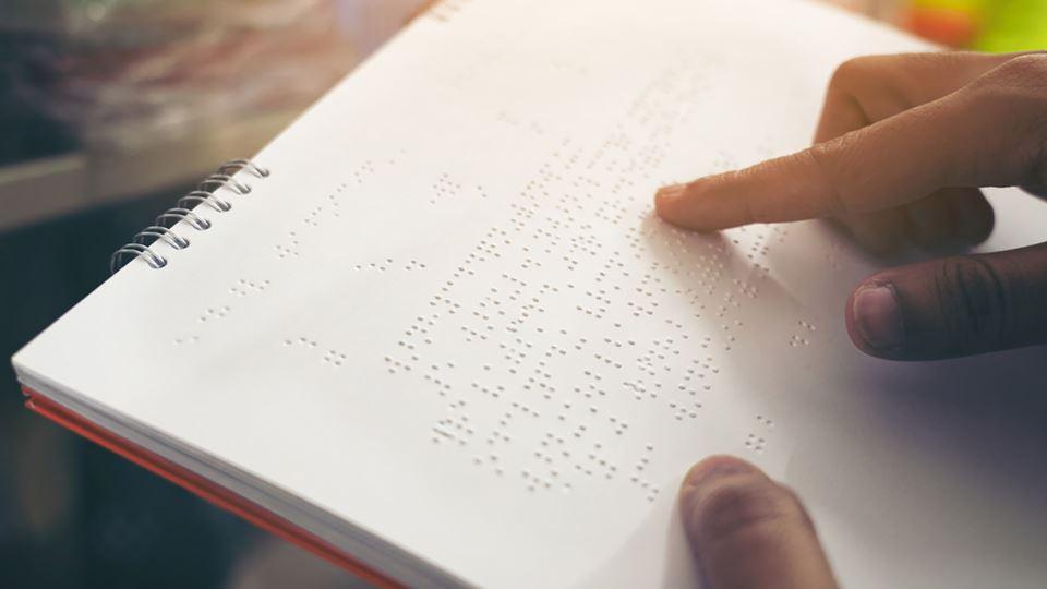 Livro em braille