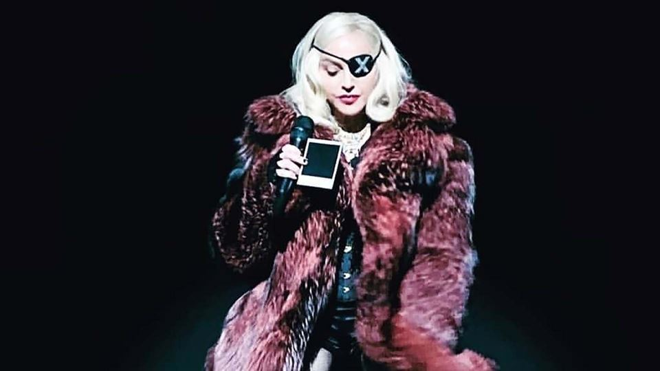 Madonna lança documentário sob...