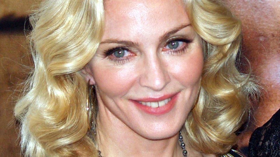 Madonna ensina português às su...