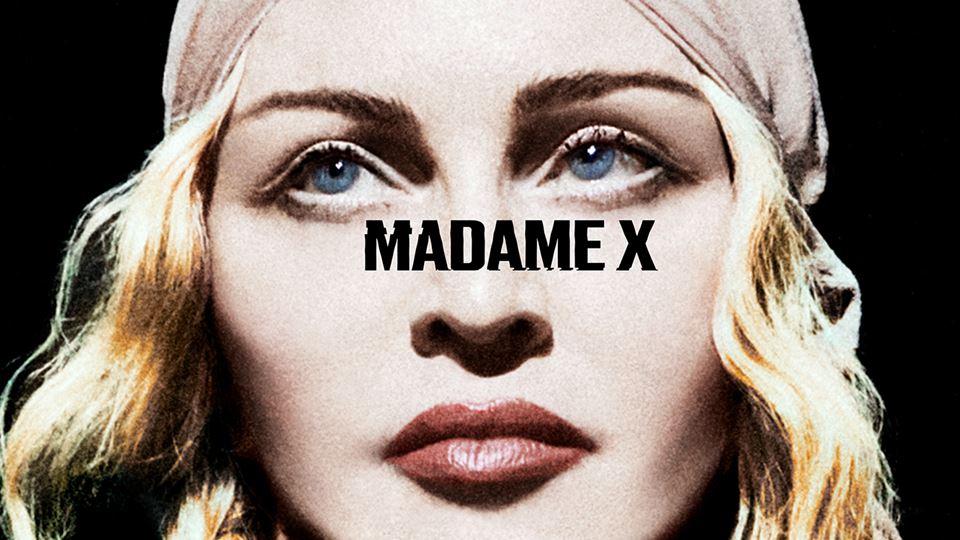 Madonna ao vivo muito perto de...