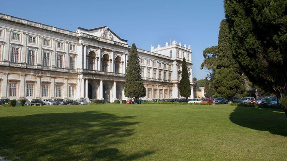 palacio da ajuda fachada