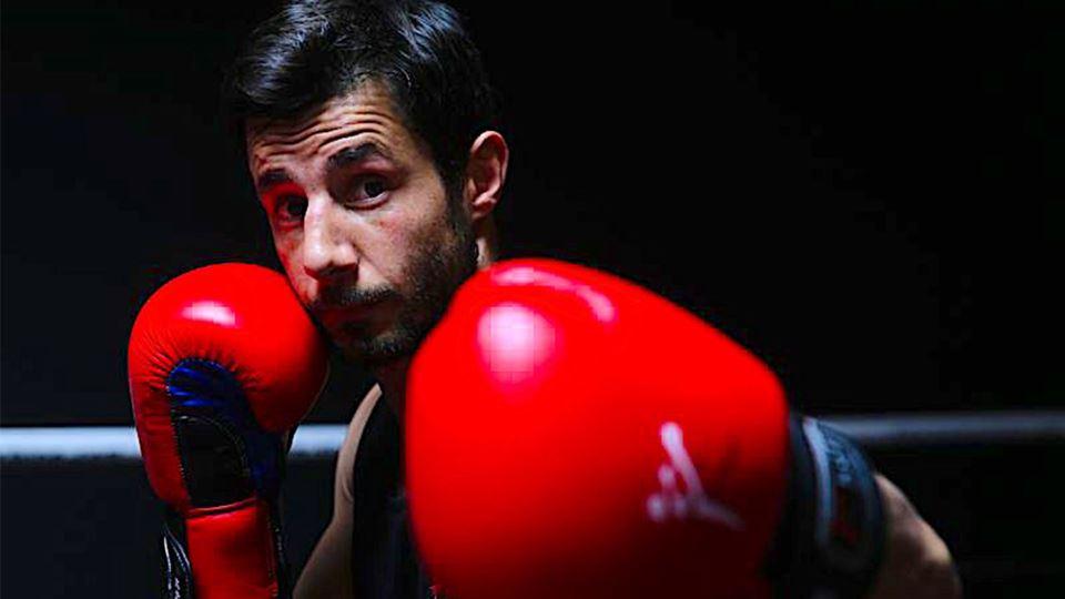 Pedro Kol campeão de kickboxing