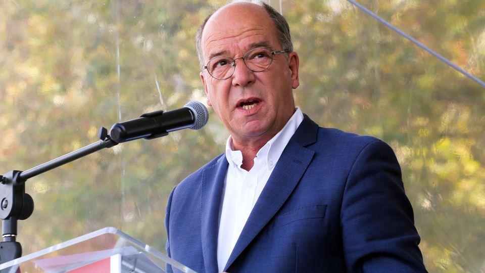 Presidente da Câmara de Cascai...