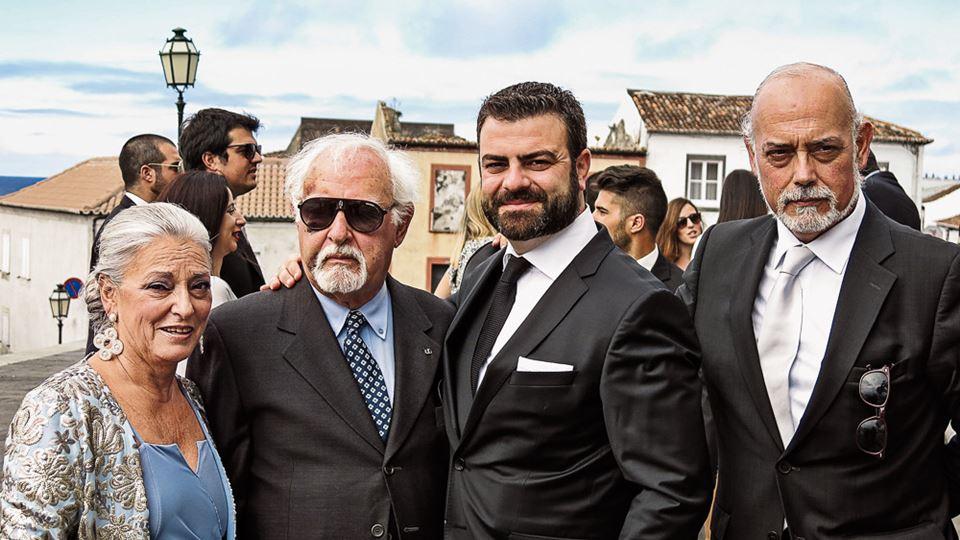 Ruy de Carvalho com os dois filhos e um dos netos