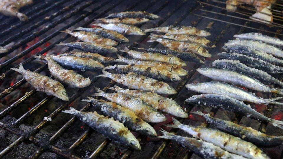 Como tirar o cheiro das sardin...