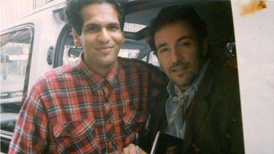 Sarfraz e Bruce em 1993 manchester evening news