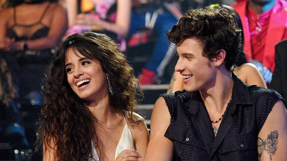 Shawn Mendes e Camila Cabello ...