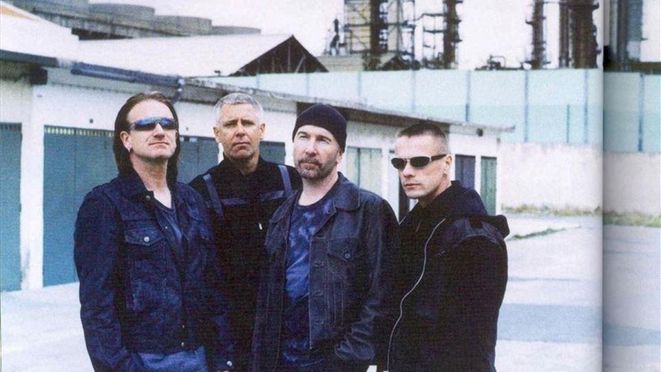 U2 fotografados por Anton Corbijn no Barreiro 2004