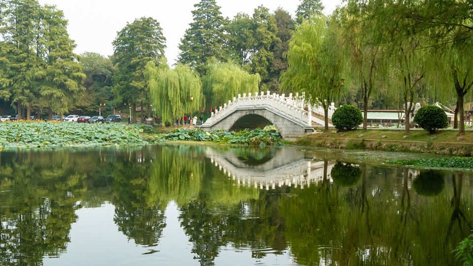 Wuhan east lake