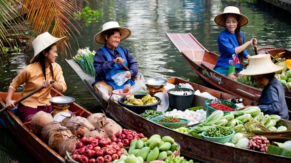 YDRAY-Floating-Market-093PO